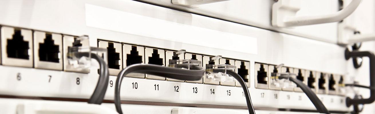 Netzwerkverkabelung Rangierverteiler